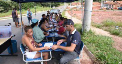 Prefeitura presta auxílio e orientação a moradores do CDHU Jd Gemima